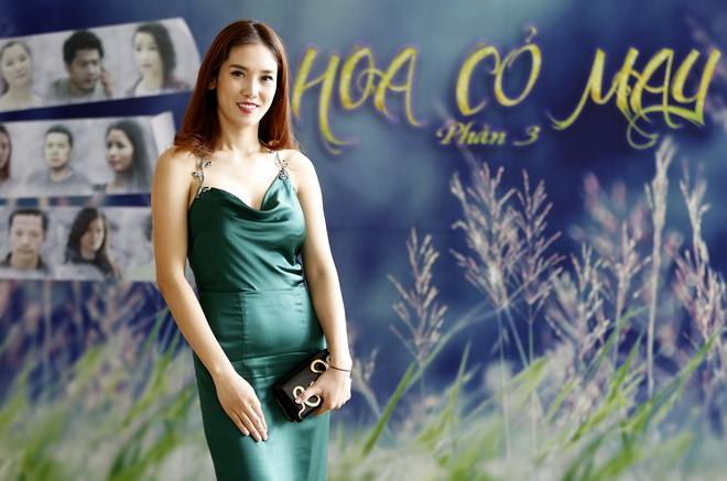 Dàn mỹ nhân phim Hoa cỏ may phần 3 ra mắt sau nhiều năm chờ đợi - Ảnh 6.