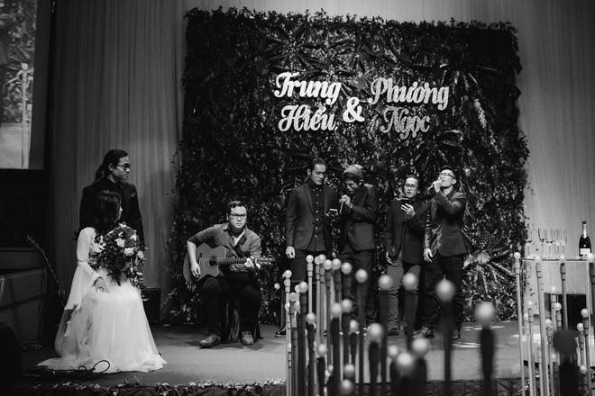 Đám cưới bí mật 3 không của cặp đôi Việt gây sốt MXH vì long lanh như phim tại cực Nam nước Anh - Ảnh 14.