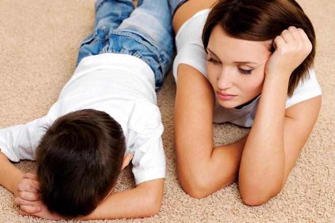 Chuyện người mẹ cấm con xem tivi vì chưa làm bài tập và 3 sai lầm tệ hại khi dạy con - Ảnh 3.