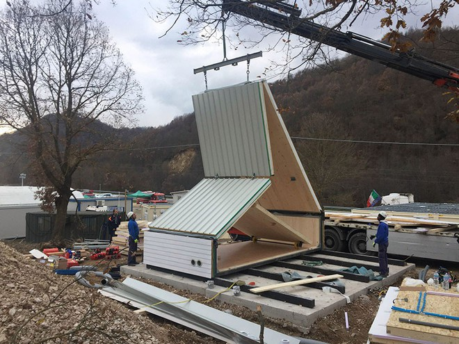 Kỳ diệu ngôi nhà chỉ mất 6 tiếng để xây dựng, thách thức cả động đất, gió bão - Ảnh 4.