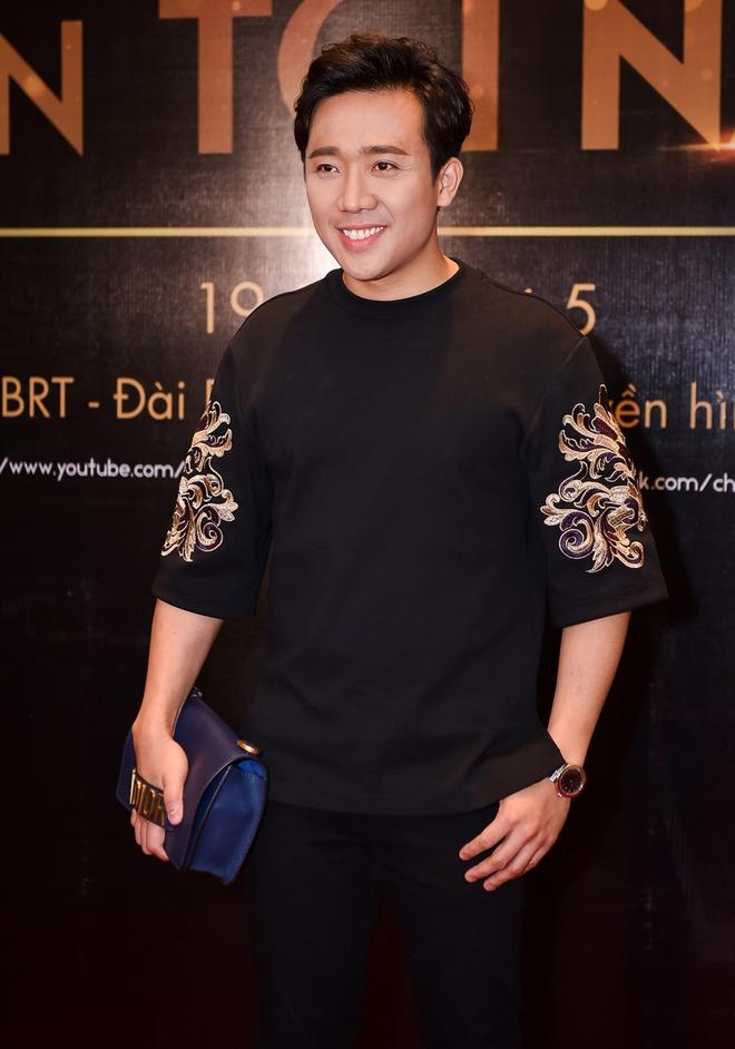 Mai Ngô khóc nấc khi bị Phan Anh chỉ trích thiếu tôn trọng; Trấn Thành ra mắt show mang tên mình - Ảnh 2.