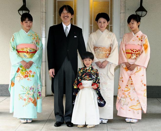 5 điều bí ẩn về Hoàng gia Nhật Bản: Chỉ có tên mà không có họ, nhiều nữ hoàng nhất thế giới - Ảnh 6.