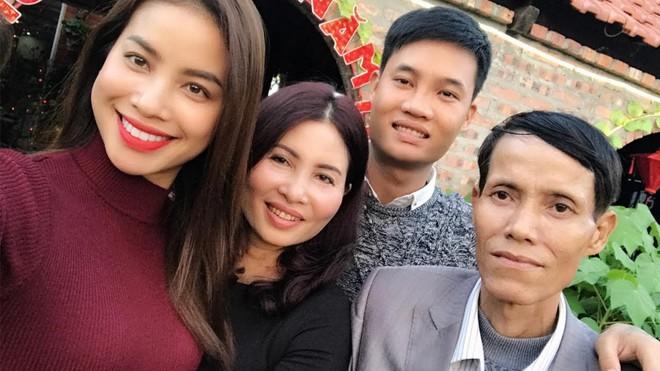 Bố Hoa hậu Phạm Hương qua đời ở tuổi 52 vì bệnh nặng  - Ảnh 3.