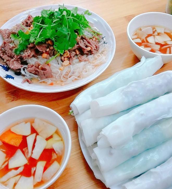 8 món ăn thần thánh giúp bạn chống chọi với thời tiết rán trứng giữa đường của Hà Nội - Ảnh 24.