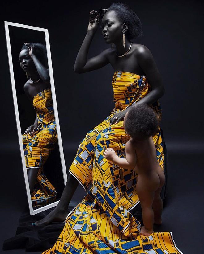 """Từng bị mỉa mai với làn da """"đen hơn than"""", cô gái trở thành hiện tượng lạ khuấy đảo làng thời trang - Ảnh 5."""