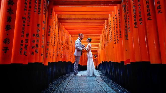 Cặp vợ chồng phù phiếm không ổn định làm ăn, sinh con mà đưa nhau đi khắp thế gian làm 100 đám cưới - Ảnh 16.