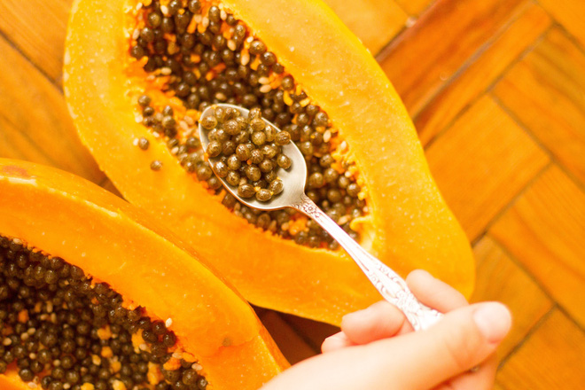 Mỗi ngày 1 thìa hạt đu đủ, giải độc gan thận, phòng chống ung thư và cải thiện sức khỏe toàn diện - Ảnh 1.