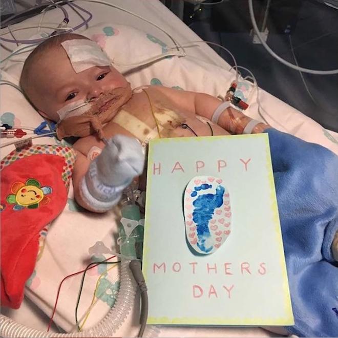Em bé sơ sinh kiên cường nhất quả đất, giành lại sự sống từ tay tử thần sau 15 tiếng đồng hồ tim ngừng đập - Ảnh 4.