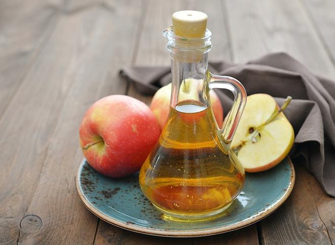 Có thể bạn chưa biết giấm táo còn có tác dụng làm sạch nhà một cách đáng ngạc nhiên như này - Ảnh 1.
