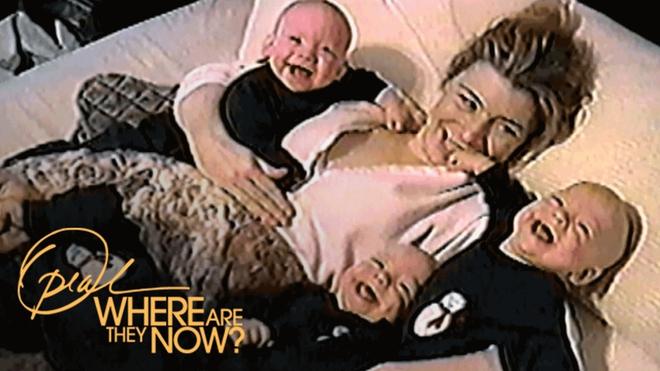 """Chị em sinh 4 với điệu cười """"cân"""" cả thế giới nay đã thành thiếu nữ cả rồi - Ảnh 1."""