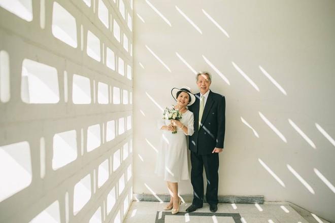 45 năm ông bà anh yêu nhau từ thời chẳng có gì đến tuổi thất thập và bộ ảnh cưới tình hơn tụi trẻ - Ảnh 5.