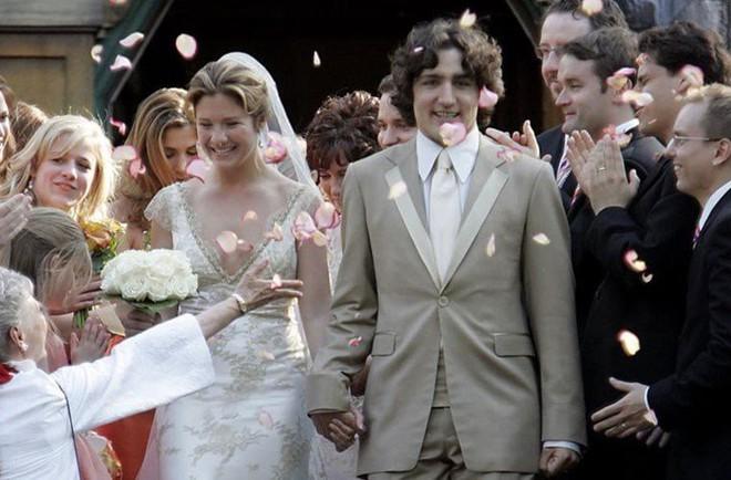 Lời tỏ tình lịm tim và 12 năm hôn nhân trên cả mật ngọt của Thủ tướng Canada đẹp trai như tài tử - Ảnh 9.