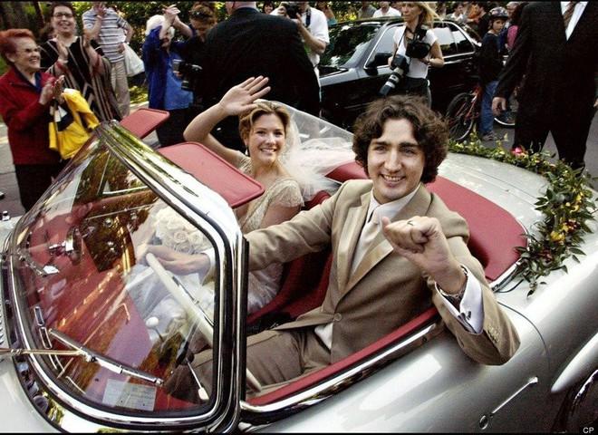Lời tỏ tình lịm tim và 12 năm hôn nhân trên cả mật ngọt của Thủ tướng Canada đẹp trai như tài tử - Ảnh 10.