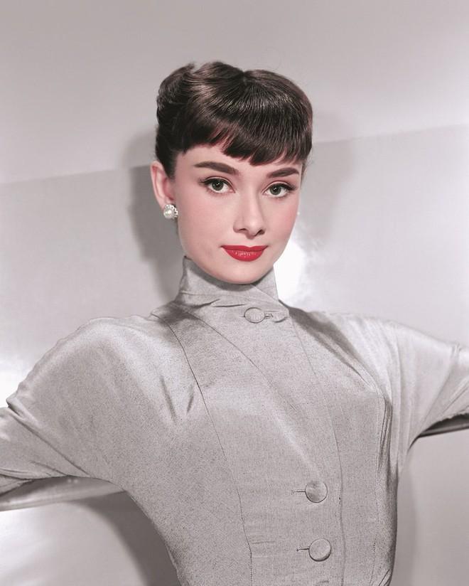 Bí mật thân hình mảnh khảnh của biểu tượng nhan sắc Audrey Hepburn, được tiết lộ bởi chính con trai ruột của bà - Ảnh 3.