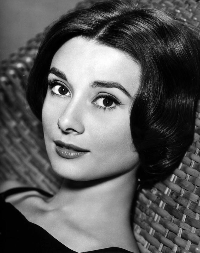 Bí mật thân hình mảnh khảnh của biểu tượng nhan sắc Audrey Hepburn, được tiết lộ bởi chính con trai ruột của bà - Ảnh 4.