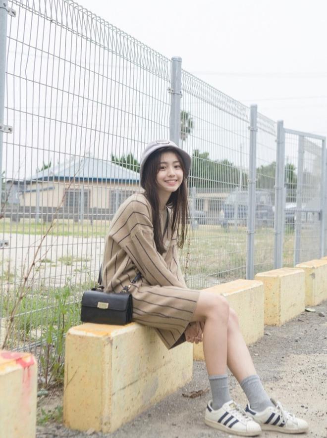 Nhan sắc không thể ngọt ngào hơn của hot girl triệu fan đến từ Trung Quốc - Ảnh 11.
