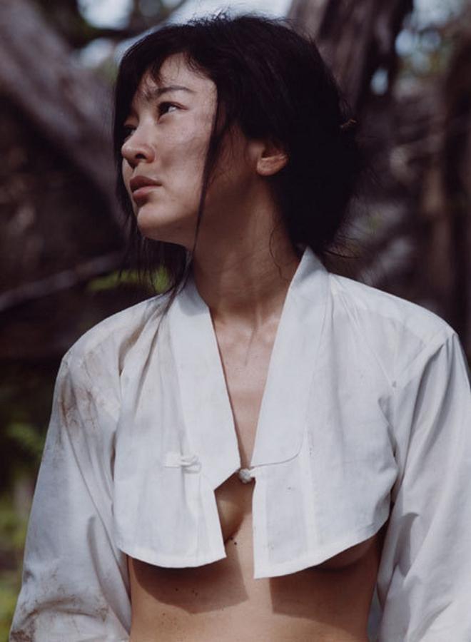 Lee Seung Yeon: Sự nông nổi thời trẻ biến Á hậu đáng tự hào thành kẻ tội đồ bị cả dân tộc Hàn quay lưng - Ảnh 7.