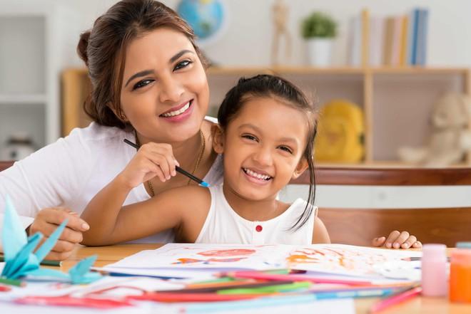 Nghiên cứu khoa học chỉ ra đa số bố mẹ đang khen con sai, 3 cách này mới là đúng - Ảnh 3.