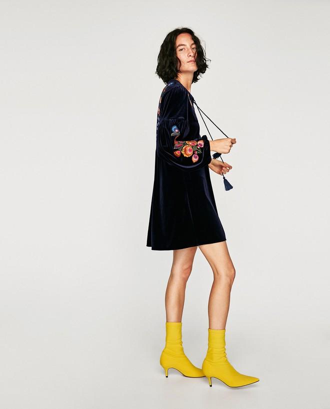 Thu/Đông này, không phải blazer, những đôi giày kiêm tất mới là món đồ đang chiếm lĩnh tủ đồ của sao Việt - Ảnh 5.