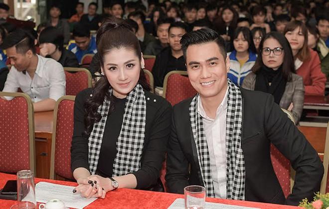 Hết bọc răng sứ, diễn viên Việt Anh lại tiếp tục lên đời nhan sắc nhờ phun thêu lông mày - Ảnh 3.