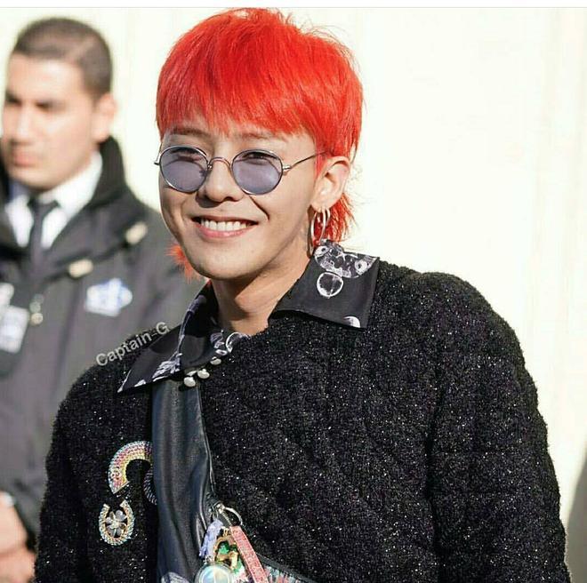 Liu Wen diện đồ chất hơn hẳn Park Shin Hye tại show Chanel Xuân/Hè 2018 - Ảnh 4.