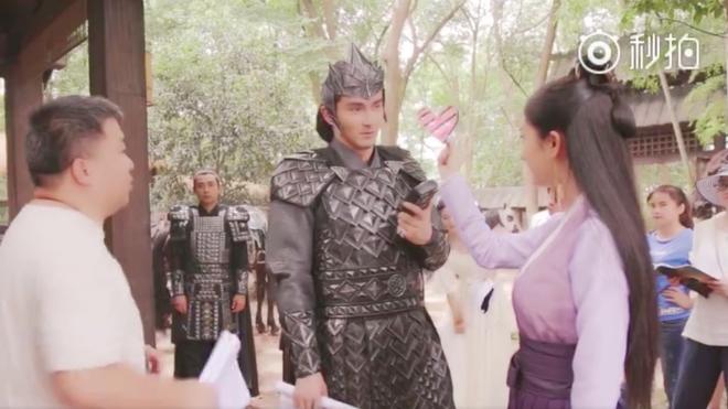 Dương Mịch nhí nhảnh, bắn tim khắp phim trường Phù Dao hoàng hậu - Ảnh 7.