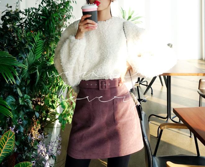Lên đồ ấm áp cho ngày trời lạnh tăng cường với 4 kiểu chân váy chuyên dụng của mùa đông - Ảnh 12.