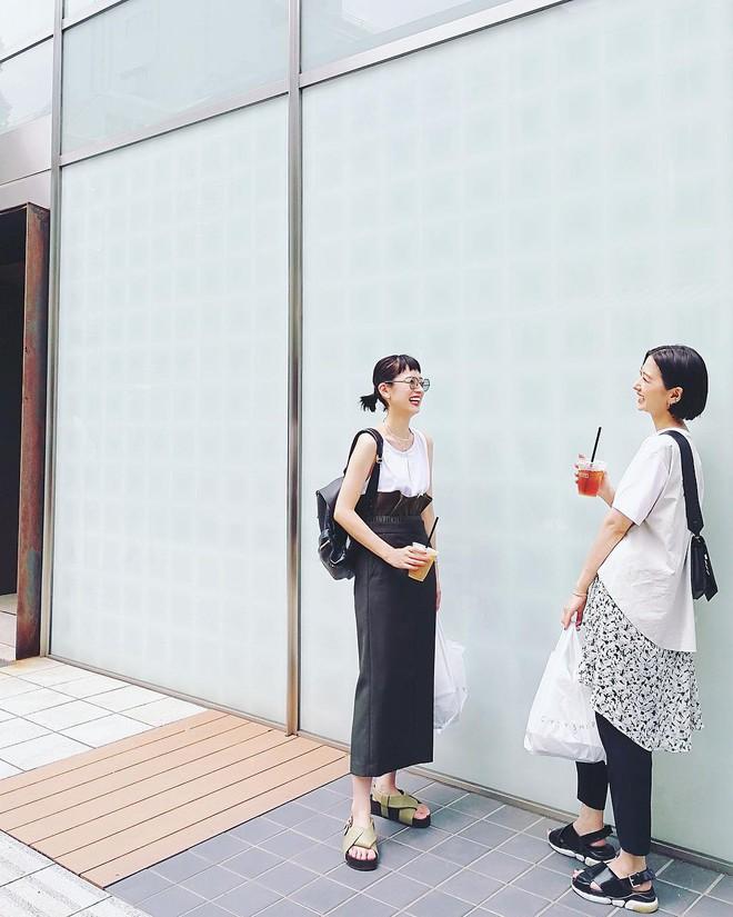 Chẳng hẹn mà gặp, phái đẹp châu Á cứ thi nhau diện váy vóc thướt tha suốt cả tuần qua - Ảnh 10.