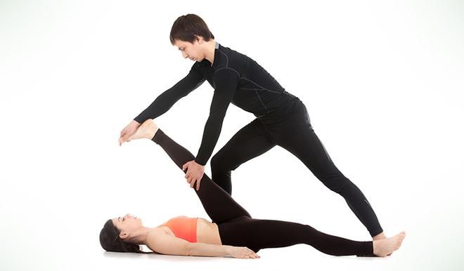 Chóng mặt, nhức đầu bất chợt, hãy thực hiện ngay những bài tập yoga này để tỉnh táo ngay trong chốc lát - Ảnh 4.