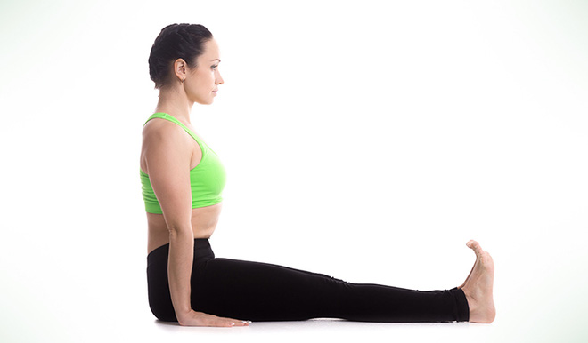 Chóng mặt, nhức đầu bất chợt, hãy thực hiện ngay những bài tập yoga này để tỉnh táo ngay trong chốc lát - Ảnh 5.