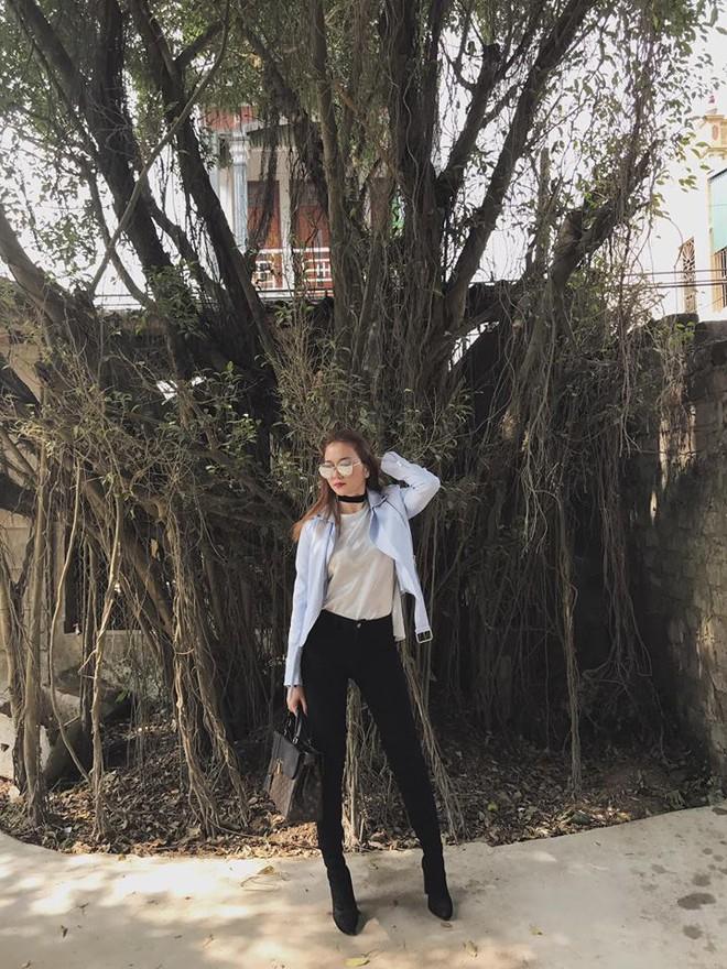 Thu/Đông này, không phải blazer, những đôi giày kiêm tất mới là món đồ đang chiếm lĩnh tủ đồ của sao Việt - Ảnh 22.