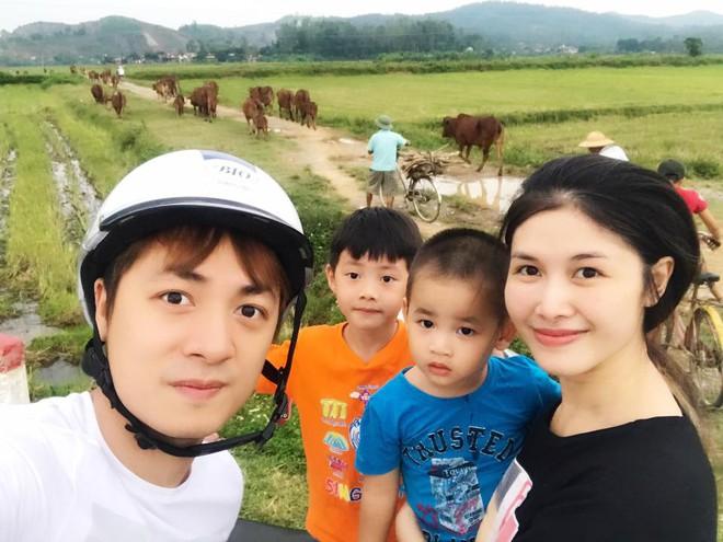 Thủy Anh - vợ ca sĩ Đăng Khôi, cựu hot girl đình đám một thời nay đã thành mẹ 2 con sang chảnh - Ảnh 27.