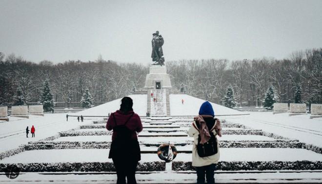 Ngất ngây với những hình ảnh tuyết rơi đẹp lung linh trên khắp thế giới - Ảnh 21.