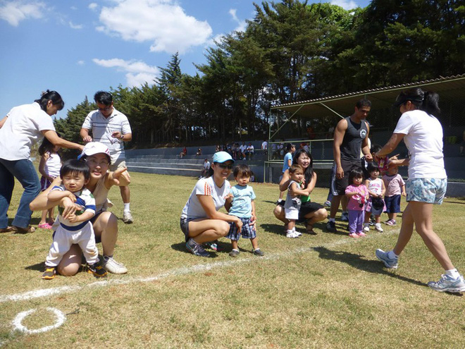 Trường học Nhật và bí quyết lôi kéo cha mẹ tham gia vào quá trình nuôi dạy trẻ - Ảnh 1.