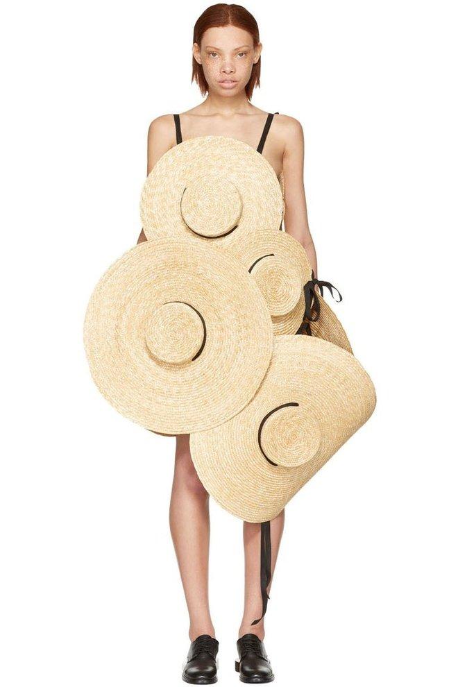 Chỉ ai thừa tiền mới bỏ ra 69 triệu đồng để mua chiếc váy được kết từ mũ cói! - Ảnh 4.