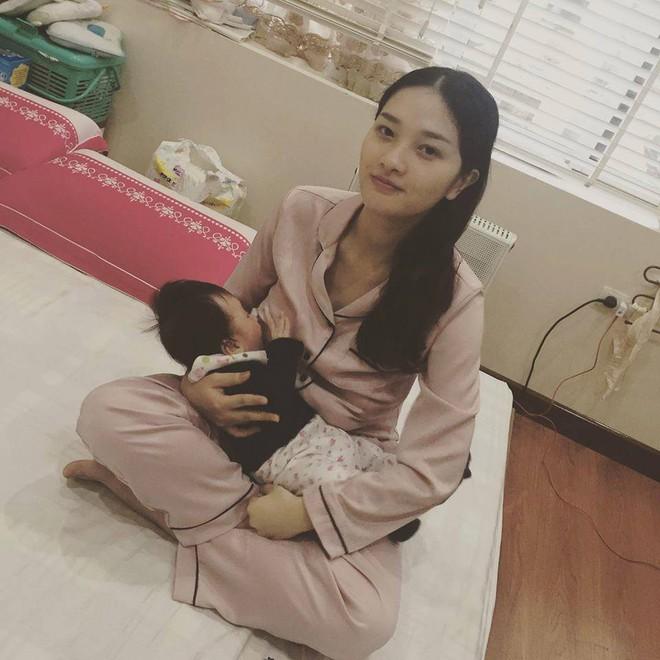 Chỉ nhờ kích sữa và hút sữa, bà mẹ này giảm liền 20kg sau khi sinh mà vẫn ăn uống thoải mái - Ảnh 7.