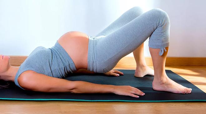 Những bài tập thể dục đơn giản giúp mẹ bầu vượt cạn bằng cách sinh thường dễ dàng, ít đau đớn - Ảnh 1.