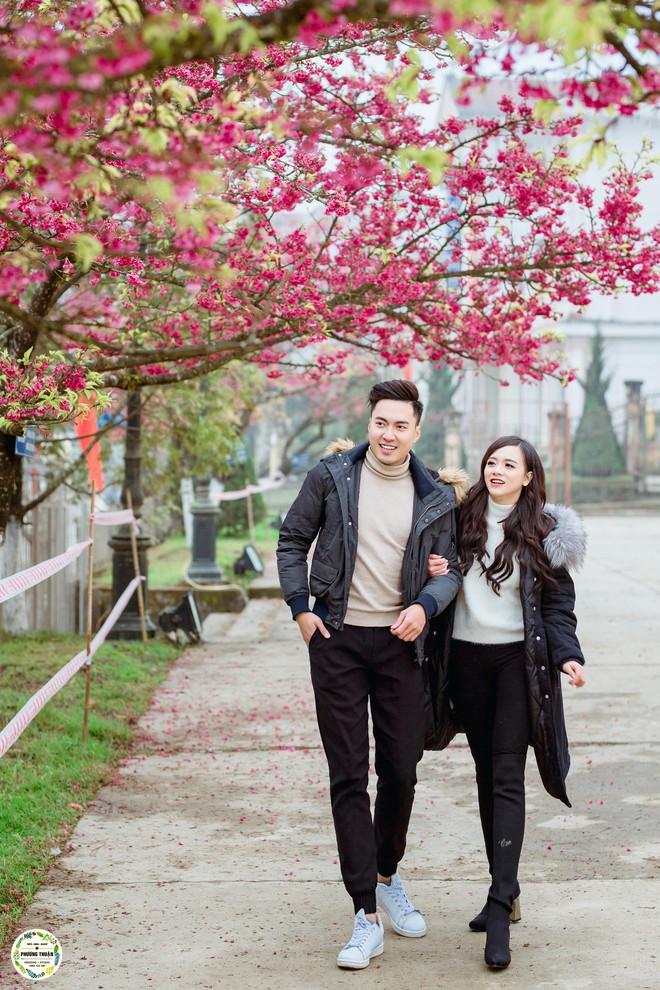 Trọn bộ ảnh cưới vai trần trong băng tuyết của cặp đôi Hà Nội tại Sapa khiến MXH xuýt xoa vì lạnh quá! - Ảnh 8.