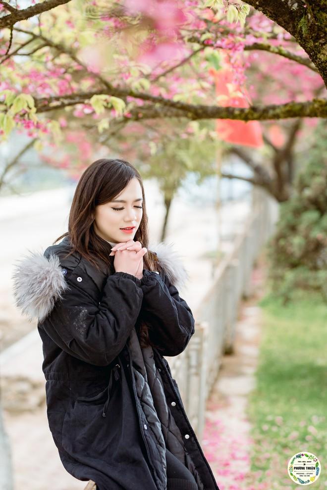 Trọn bộ ảnh cưới vai trần trong băng tuyết của cặp đôi Hà Nội tại Sapa khiến MXH xuýt xoa vì lạnh quá! - Ảnh 12.