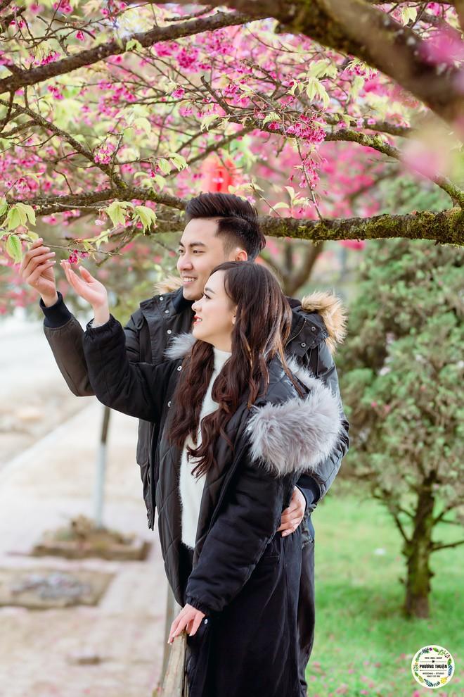 Trọn bộ ảnh cưới vai trần trong băng tuyết của cặp đôi Hà Nội tại Sapa khiến MXH xuýt xoa vì lạnh quá! - Ảnh 13.