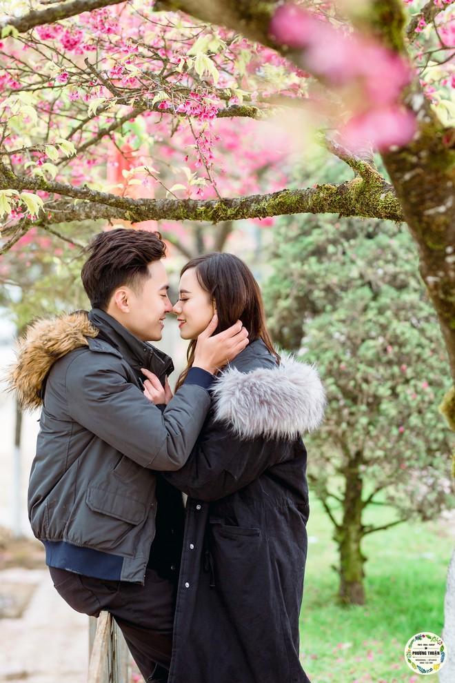 Trọn bộ ảnh cưới vai trần trong băng tuyết của cặp đôi Hà Nội tại Sapa khiến MXH xuýt xoa vì lạnh quá! - Ảnh 9.