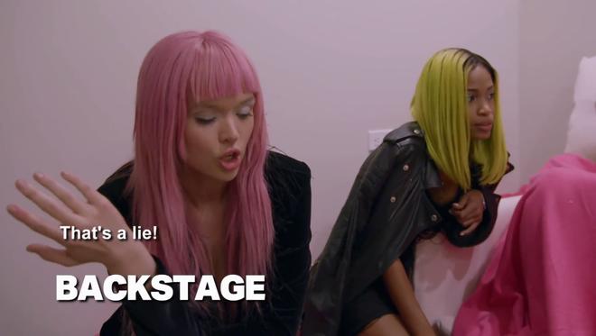 """""""Cô gái tóc hồng"""" vừa rút khỏi Next Top Mỹ: Lí lắc trước giám khảo nhưng khó chịu ở nhà chung! - Ảnh 8."""
