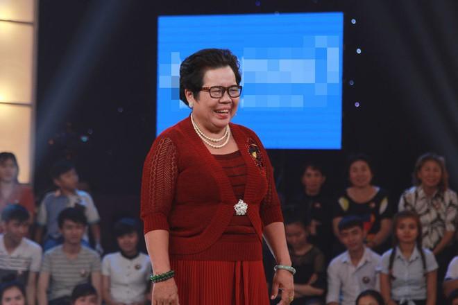 Cô bán chè Kim Dung trở lại, Trấn Thành - Trường Giang lại cười không thể kìm nén - Ảnh 3.