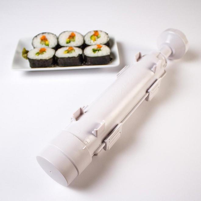 5 bộ dụng cụ giúp bạn tự làm sushi, ăn uống sang chảnh ngay tại nhà - Ảnh 1.