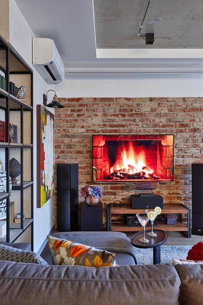 Độc đáo căn hộ 69 m2 với bức tường gạch thô, đầy màu sắc ấm áp - Ảnh 4.