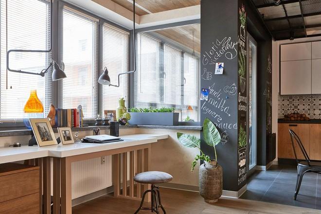 Độc đáo căn hộ 69 m2 với bức tường gạch thô, đầy màu sắc ấm áp - Ảnh 7.