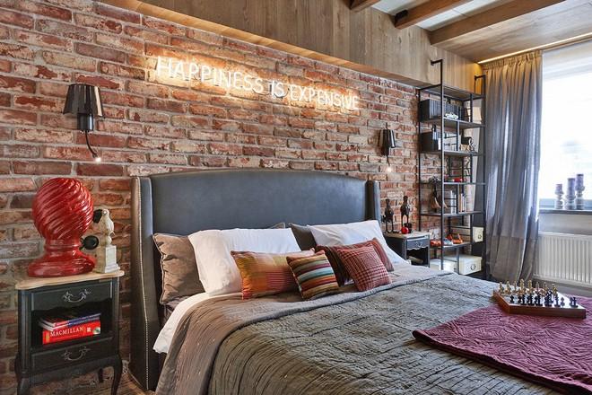 Độc đáo căn hộ 69 m2 với bức tường gạch thô, đầy màu sắc ấm áp - Ảnh 10.