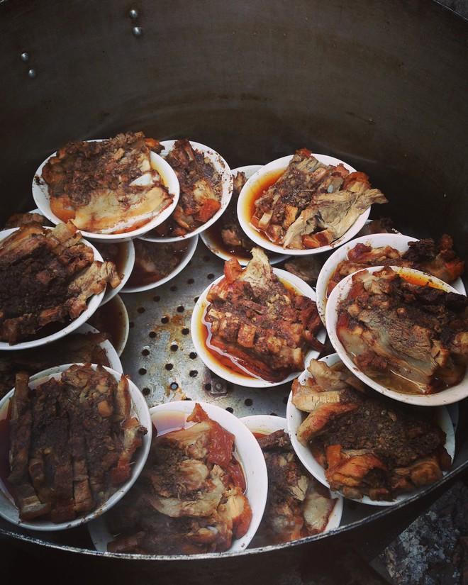8 đặc sản ăn một lần là nhớ mãi của Lạng Sơn, 1 món thường được chị em săn lùng ăn Tết - Ảnh 16.