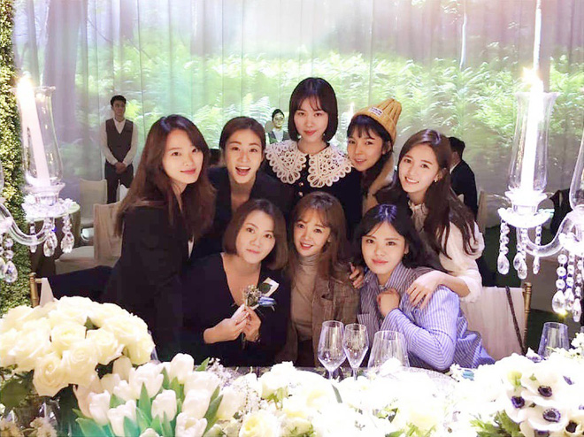Khoảnh khắc hiếm tại đám cưới Taeyang: Dàn sao bộ phim thanh xuân nổi tiếng cùng tụ họp sau 7 năm - Ảnh 2.
