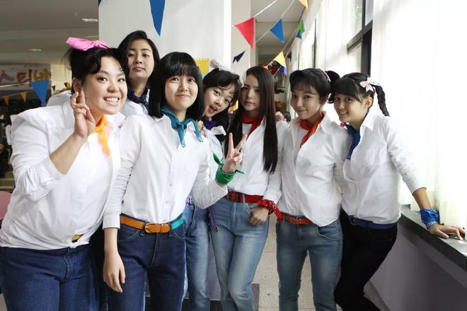 Khoảnh khắc hiếm tại đám cưới Taeyang: Dàn sao bộ phim thanh xuân nổi tiếng cùng tụ họp sau 7 năm - Ảnh 4.